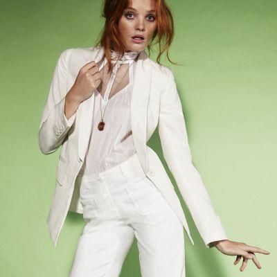 Un tailleur pas cher vaut il vraiment le coup - Pantalon femme mariage ...