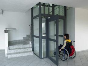 ascenseur adapté handicapé