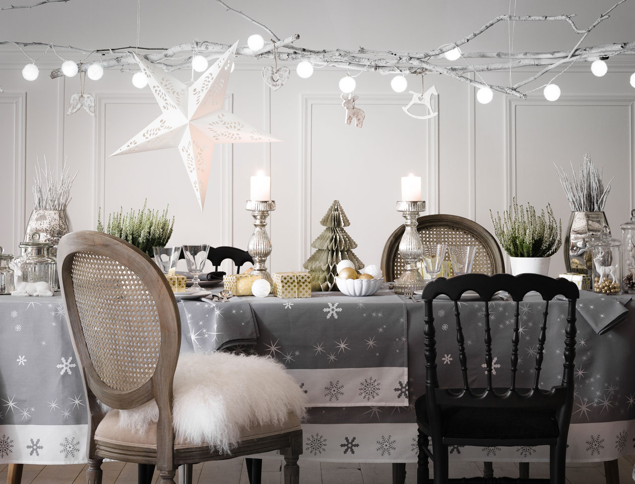 Decoration de noel interieur maison design for Deco interieur 2015