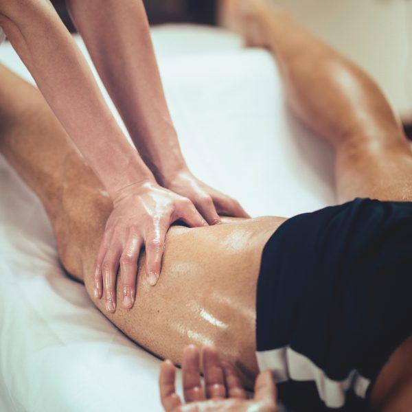 Le massage avant l'activité physique