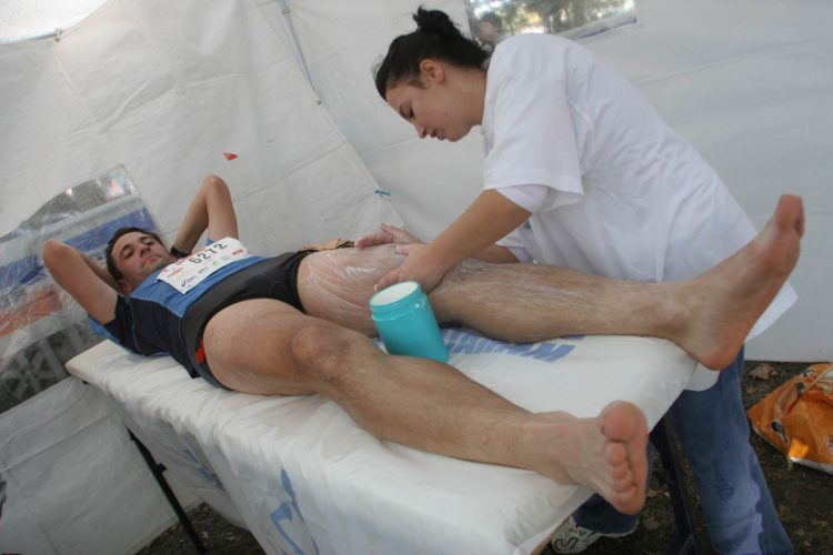 Une séance de massage pendant l'effort