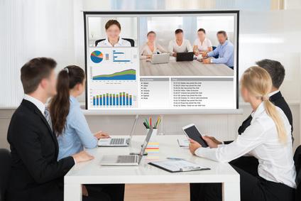 utiliser un vidéoprojecteur en visioconférence